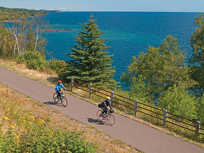 bicyclers on scenic trail