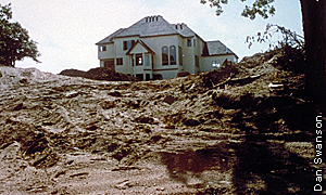 new home construction on a hill with no erosion prevtion