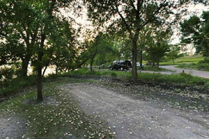 Photo showing the lakeside campsites.