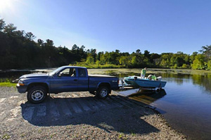 Photo of the boat launch on Pike Creek.