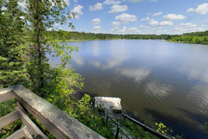Photo of Grefthen Bay scenic overlook located on Hayes Lake.