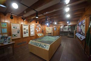 Photo of the interior of the Interpretive Center at the River Inn.