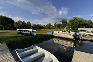 Photo an area for visitors to rent watercraft along the lakeshore.