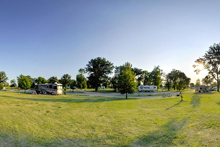Photo of Sherlock Park Campground, located in the heart of East Grand Forks.