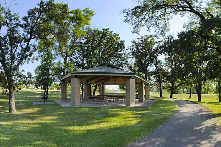 Photo of a picnic shelter located at the River Heights Trail Head.