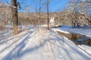 Winter photo of fresh snow on the Valley Trail.