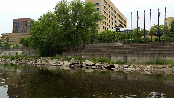 Portage access on river right