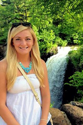 Photo of Kristi Loobeek
