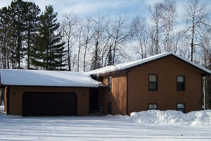 Photo of the park's guesthouse, available to rent all year-round.