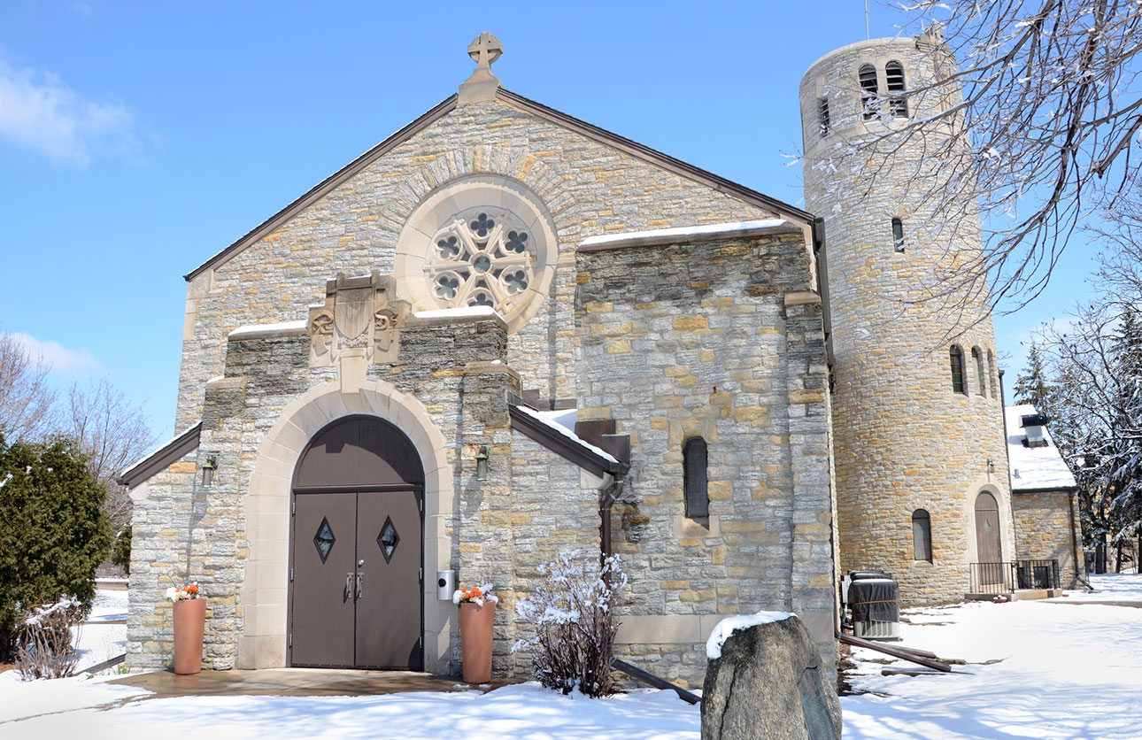 Fort Snelling Memorial Chapel in the winter.
