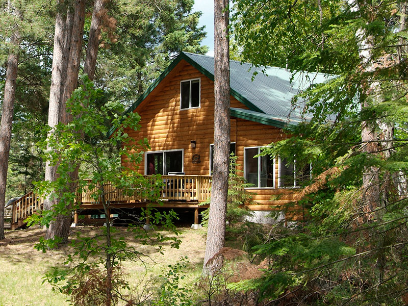 Photo of the La Salle Lake State Recreation Area Black Bear guest house