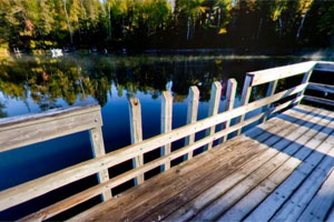 Photo of the fishing pier located on Norberg Lake.