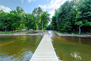Photo of the public boat ramp at Father Hennepin State Park.