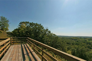 Photo of a scenic overlook of the Minnesota River from the observation platform.