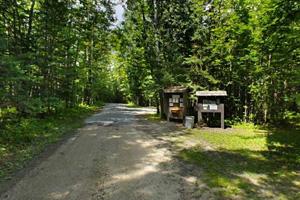 Photo of the Franz Jevne State Park entrance.