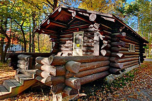 http://images.dnr.state.mn.us/destinations/state_parks/virtual_tours/itasca/thumbs/bear_paw_cabins.jpg