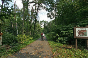 Photo of bicyclists riding on the Sakatah Singing Hills State Trail.