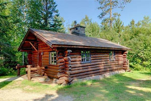 Photo of the rental cabin at Scenic State Park.