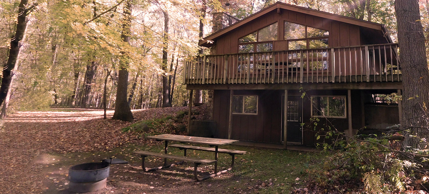 Exterior of the guesthouse at Wild River State Park