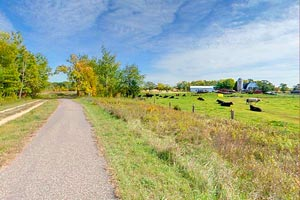 Photo of farmland along the eastern stretch of the Gateway State Trail.
