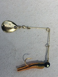 photo of small fishing lure for sunfish commonly called a beetle spin, a type of spinnerbait
