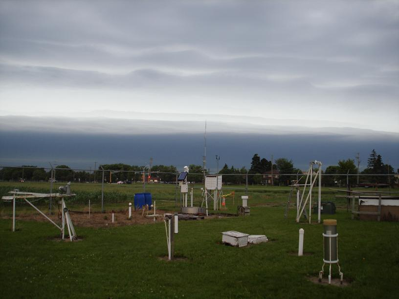 Shelf Cloud Approaching the University of Minnesota St. Paul Campus Climate Observatory