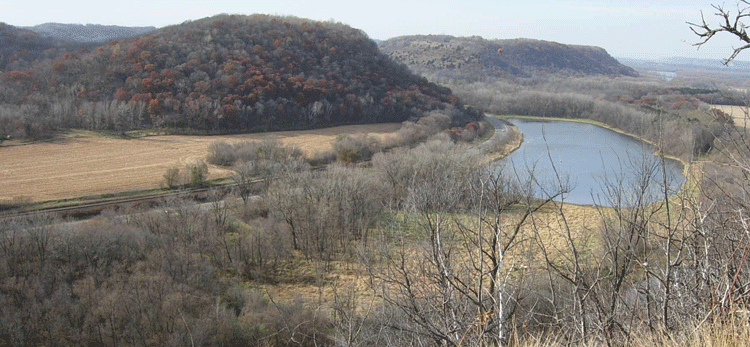 Frontenac view of bluff and river
